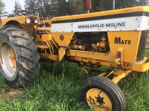 1967-1970 Minneapolis Moline tractor with 2900 hours!!
