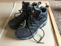 Brand new Merrel Moabs UK size 9