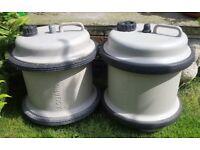 2 fresh water aquarolls in good condition