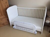 Used White Cot Bed 140x75cm, incl. Mattress-Convertable to Junior Bed