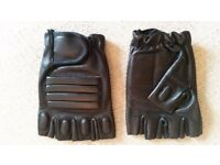MOTORBIKE GLOVES - LEATHER - SIZE SMALL