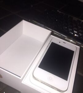 Iphone 4s 16gb like new