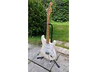 Fender Stratocaster - Arctic White