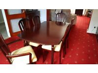 Dining Table & 6 chairs & 2 carvers