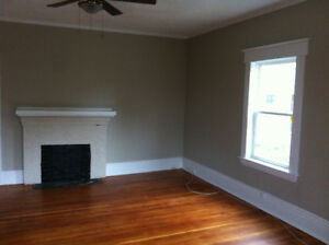 """Beautiful and Spacious 2 Bedr plus Office/Den Sept 1"""""""