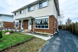 GORGEOUS 5 BEDROOM SEMI @ QUEEN / RUTHERFORD - FINISHED BASEMENT