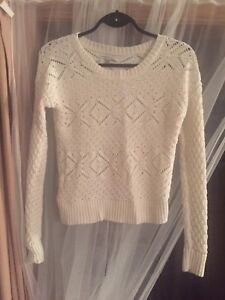 American Eagle white knit sweater size small