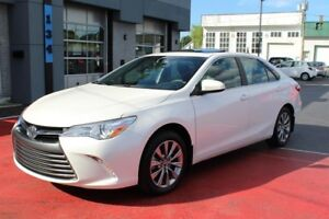 Toyota Camry xle +navigation-cuir-toit ouvrant 2015