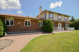 BEAUTIFUL COUNTRY HOME FOR THE HOME MECHANIC 4BED 4 BATH