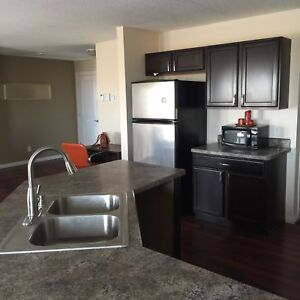 Double garage duplex house in Grand Coulee for rent