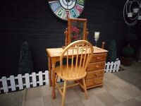 SOLID PINE FARMHOUSE DRESSING TABLE WITH MIRROR AND CHAIR VERY SOLID SET AND IN EXCELLENT CONDITION