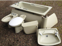 Vintage Retro Avocado 4 Piece Bathroom Suite