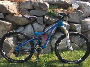 2014 Giant Intrigue