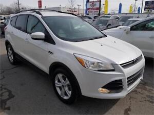 2014 Ford Escape SE, 4X4** 1 AN DE GARANTIE** CAM, AUTO, MAGS...