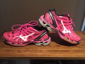 Pink size 8 Running Shoes