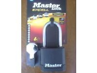 Padlock - Absolutely Brand New - Master Lock Boron Carbide padlock with four keys