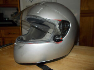motorcycle helmet, shoel silver, wore only a couple of times,