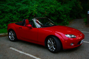2006 Mazda MX-5 Miata Limited Edition Convertible