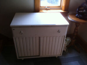 Cabinet storage unit -- Free to Whomever picks it up first