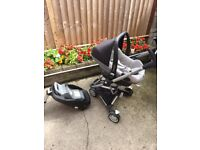 Maxi cosi pebble car seat, isofix base and Quinny zap pushchair frame