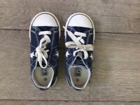 Converse girls navy blue & white trainers