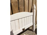 White Mexican pine single bed