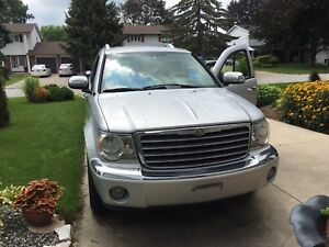 2008 Chrysler Aspen limited Silver Metallic