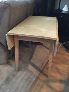 Table with folding ends