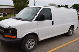 2 - 2006 Chevrolet Express Vans