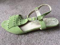 Moshulu Lemon Thyme sandals