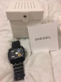 Diesel DZ7325 Mothership