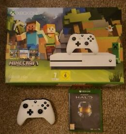 Xbox one S like new 3 games