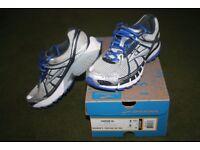 Brooks Running Shoes - Women's Vapor 10 - Size 7