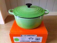 Le Creuset Classic Cast Iron 22cm Round Casserole - Kiwi