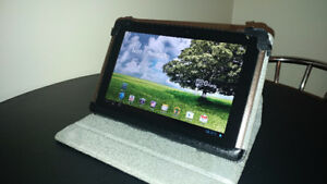 "ASUS TF101 Tablet "" Great Condition""  Comes with leather case!"