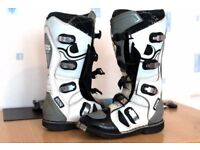 Motocross boots UK size 7 collection welcome or can post rm kx yz lt 125 250 quad bike