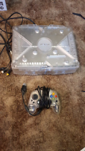 Crystal Clear Xbox, limited edition, with box and games