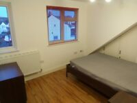 STUDIO FLAT TO LET IN GOLDERS GREEN INCLUDING ALL BILLS EXCEPT ELECTRICITY