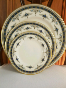 MINTON GRASMERE BLUE BONE CHINA