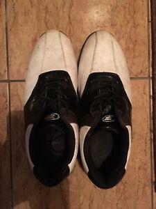 Men's Size 10 Top Flite Golf Shoes