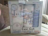 Redkite Hello Ernest cot bedding set. Brand new.