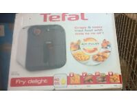 Tefal Fry Delight FX100040 Low Fat Fryer – 800g / White