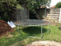 Trampoline with no sides