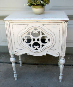 SHABBY CHIC/2 TONE ANTIQUE TABLES