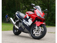 Honda CBR 600 f4i motorcycle
