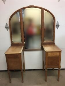 Antique dressing vanity