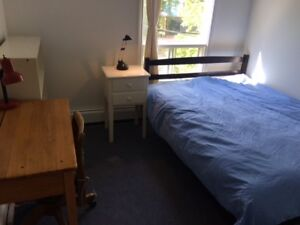 ROOM TO RENT ON WOODILL ST., NEAR THE COMMONS