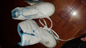 Kids size 5.5W running shoes high top white blue