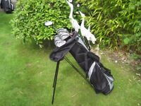 VANTAGE LADIES RIGHT HAND GOLF CLUBS IN BAG WITH STAND