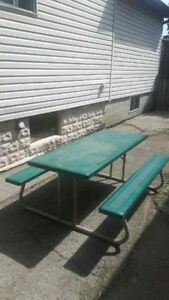 B- ** FOLDING PICNIC TABLE